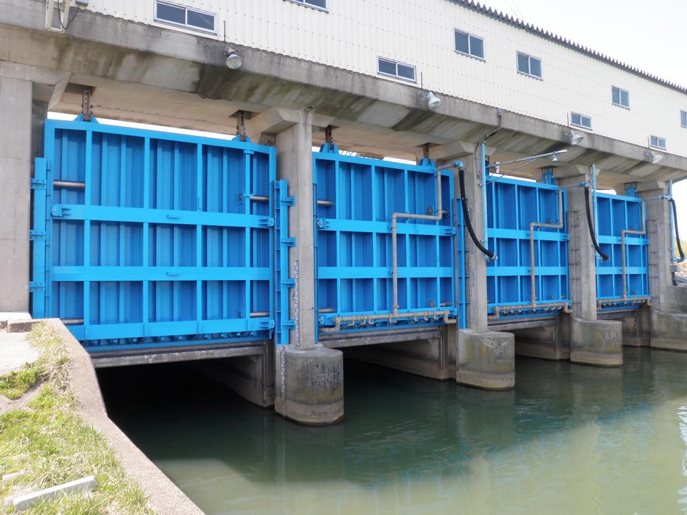 片川放水路樋門